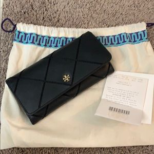 Tory Burch Robinson stitched envelope wallet